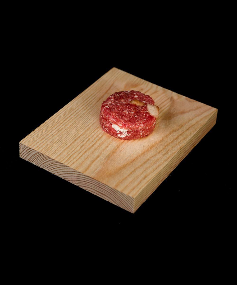 hamburguesa-de-manzana-caramelizada-con-queso-de-cabra